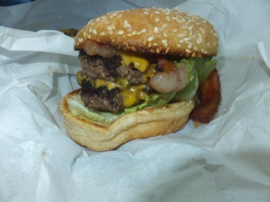 Spelunker's Frozen Custard and Cavern Burgers : Spelunker's Cavern Burger