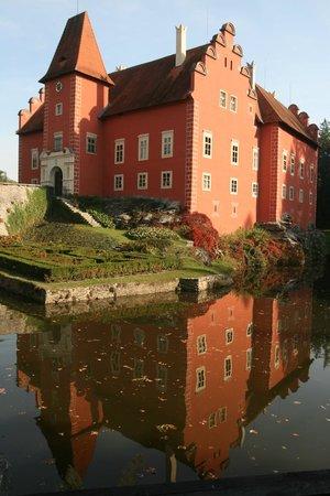Zamek Cervena Lhota: Červená Lhota 3