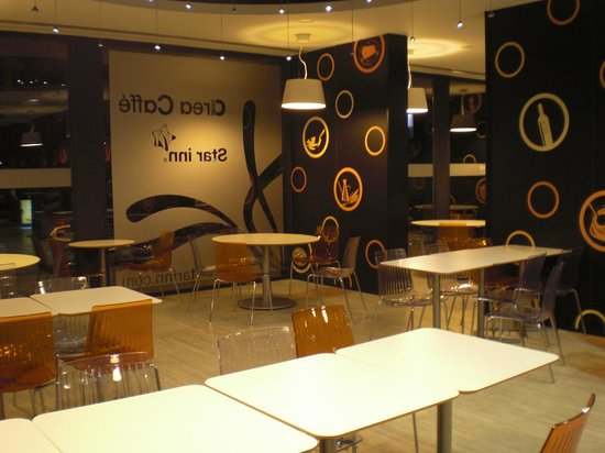 Star Inn Porto : Restaurante