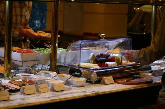 Michelangelo Hotel: A bountiful breakfast buffet
