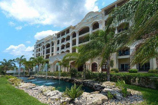 The Landmark Resort Of Cozumel Mexico Condominium