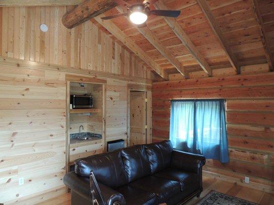 Glacier Trailhead Cabins: rustic look