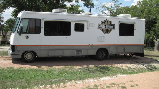 The Armadillo Farm Campground: Our RV site