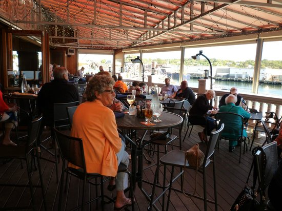 Seaport Grille : Dining