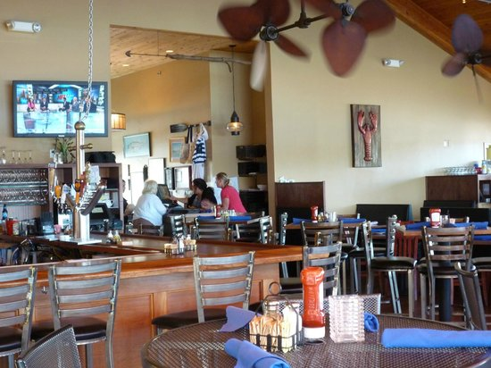Seaport Grille : Dining area