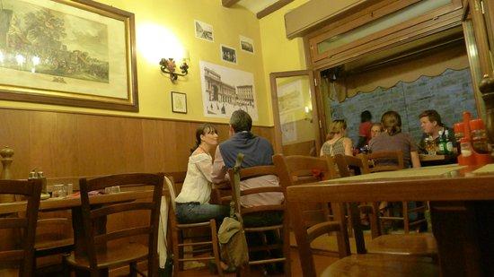 Il Barroccio : Inside one of the two small rooms
