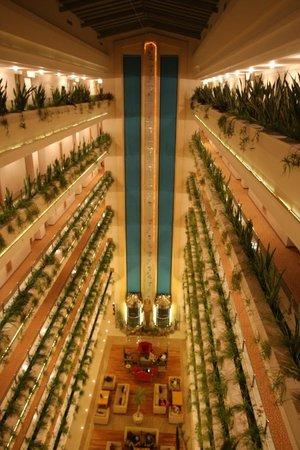Interno Dell Hotel Picture Of Kaya Artemis Resort And Casino Bafra Tripadvisor