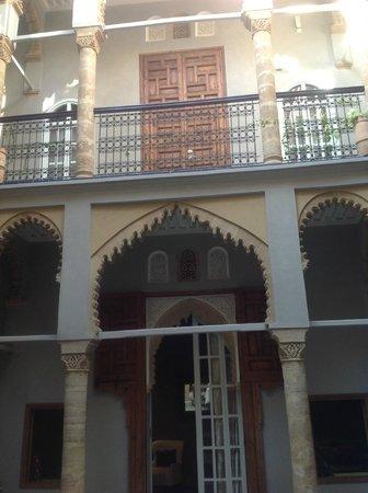 Riad L'Alcazar : Patio central