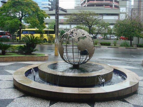 Estanplaza Paulista: ingresso dell'hotel,sito dei Mondiali 2014