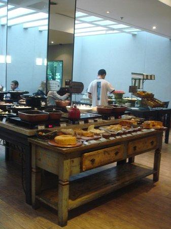 Estanplaza Paulista: il breakfast
