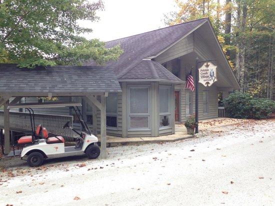 Pebble Creek Village: Office building