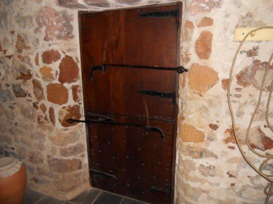Pedro St. James National Historic Site: Mahogany Doors
