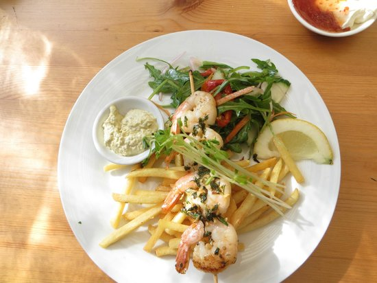 The Rockpool Cafe: A 1/2 portion of the prawn skewers