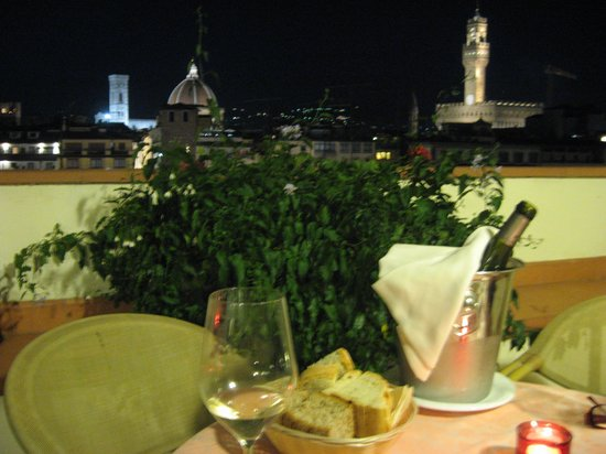 Pitti Palace al Ponte Vecchio : dinner on the Terrace