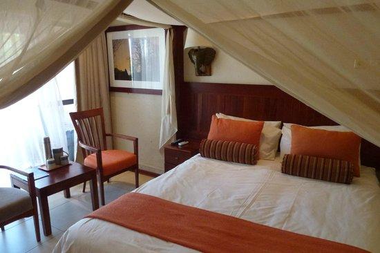 Cresta Mowana Safari Resort and Spa: cana