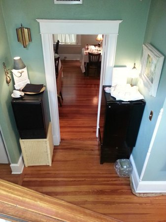 Inn On Charlotte: Looking down to dining area