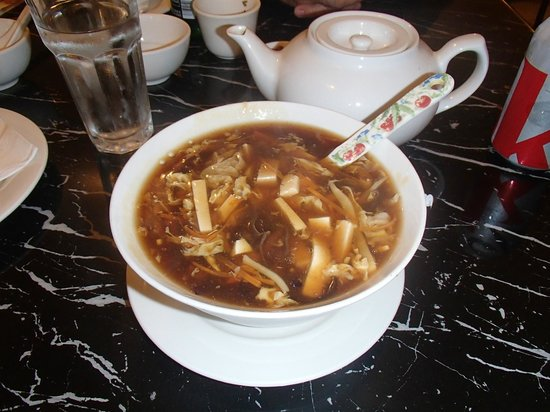 Bund Shanghai Restaurant : Hot and Sour Soup (small serving is really big!)