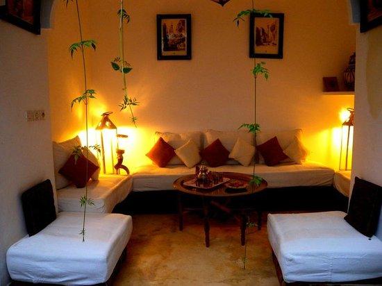 Riad Essaada : A sofa where you could relax