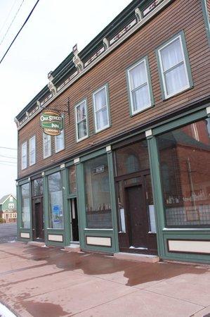 Oak Street Inn