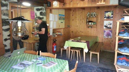 Rotstockhutte: Dining     - Rotstock Hut