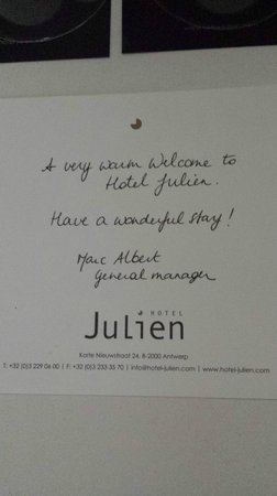 Hotel Julien: Welcome note on desk
