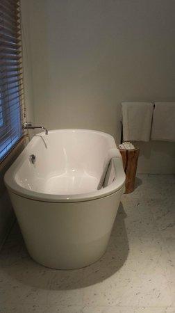 Hotel Julien: Experience room bathroom