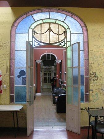 Alvear Hostel: hall