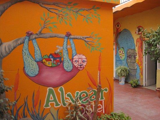 Alvear Hostel: patio