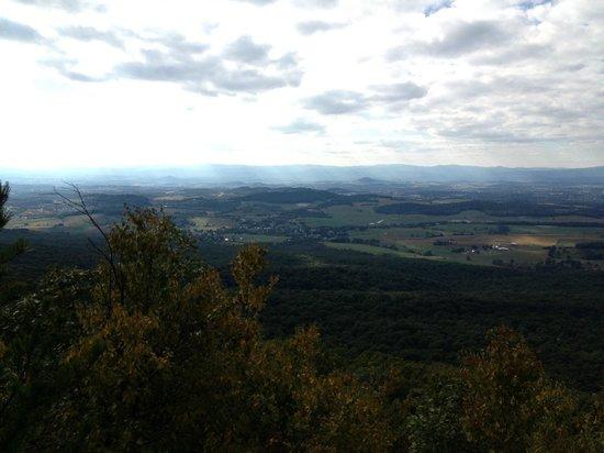 Massanutten Resort: View from Massanutten Ridge Hike