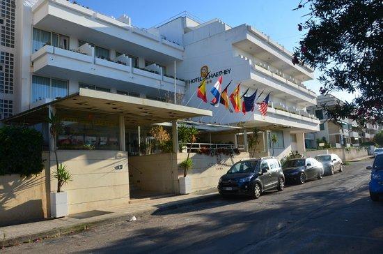 Degli Haethey Hotel: Hotel entrance
