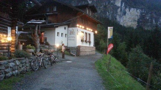 Berggasthaus Marmorbruch: Evening Arrival    - Marmobruch
