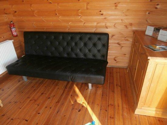 La Croix du Vieux Pont: the entire living room