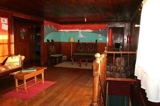 Salon para organizar las mochilas Picture of Patagonia Adventure