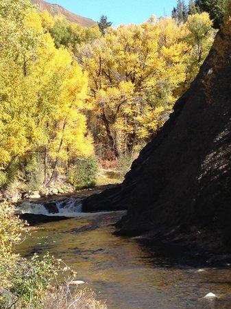 Rio Grande Trail: roaring fork river