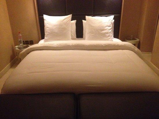 Riad Pourpre Médina: Un lit très confortable