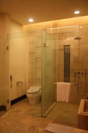 Vimala Wedding Pavilion & Villas: Restroom