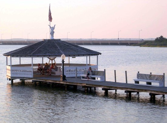 Fager's Island Restaurant & Bar: The gazebo