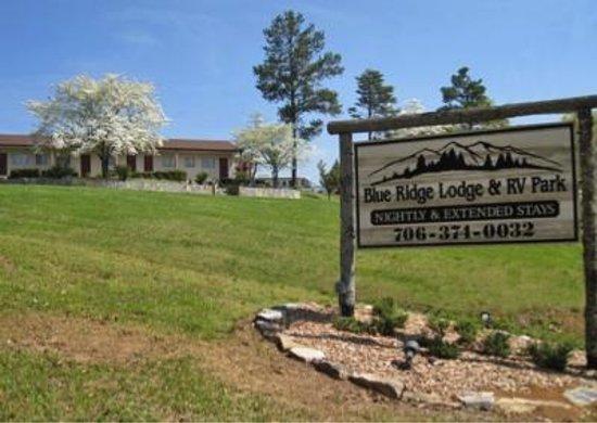 Blue Ridge Lodge & RV Park: Entrance