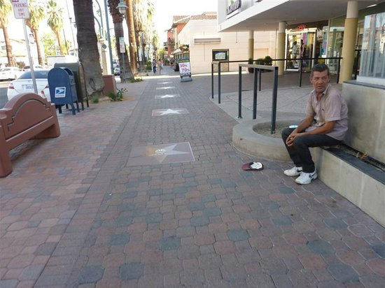 Palm Springs Visitor Information: Homeless near downtown Starbucks