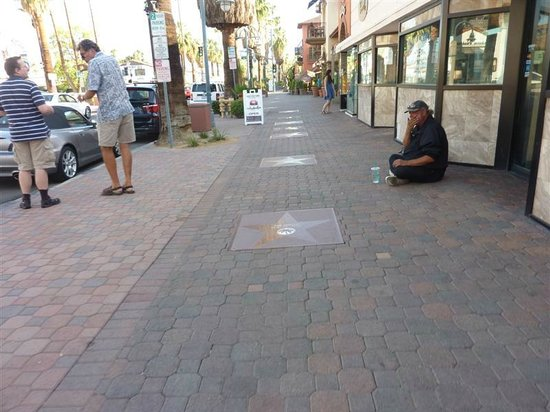 Palm Springs Visitor Information: Homeless on Palm Canyon Drive