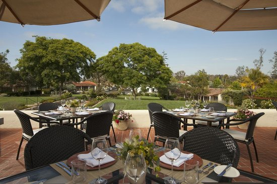 The Inn at Rancho Santa Fe, A Tribute Portfolio Hotel : Morada - Terrace Seating