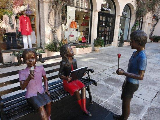 Downtown West Palm Beach: lindas estatuas nas ruas