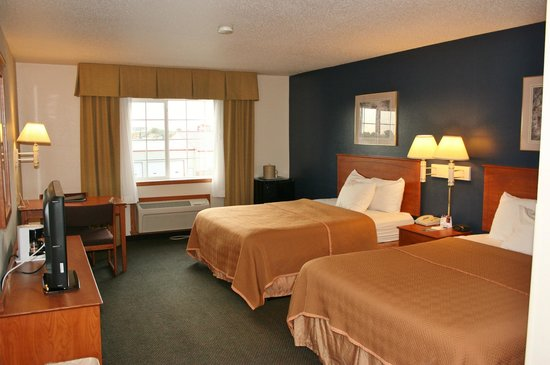 Travelodge and Suites Fargo/Moorhead: Double Beds Room, Refreshed!