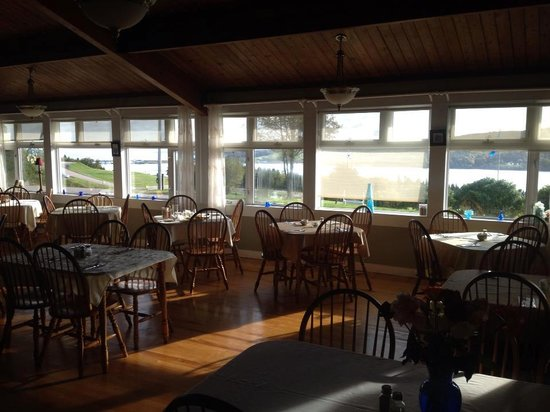 The Iona Heights Inn : A place to enjoy food like no other