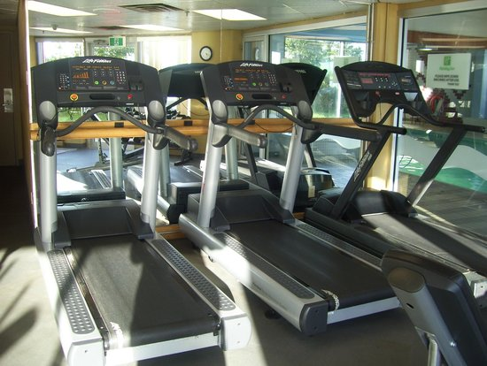 Holiday Inn Sydney Waterfront : gym