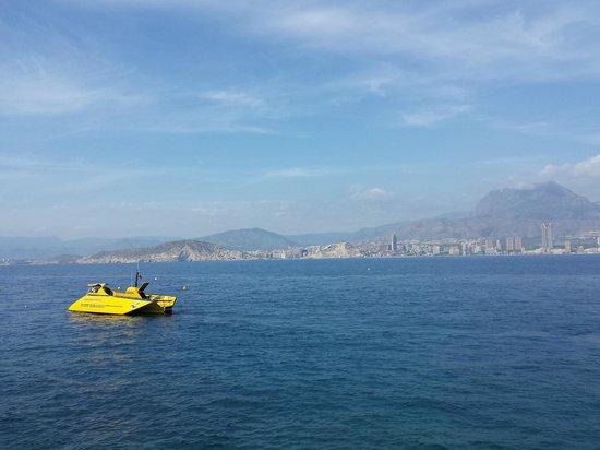 Benidorm Island : The boat