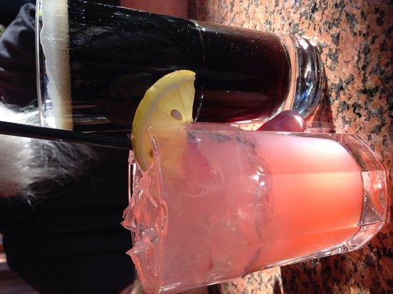Whiskey Creek Restaurant: Pink Lemonade with alcohol & a hefinwisen