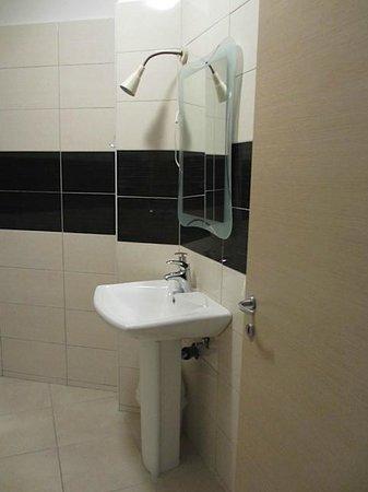 Apartments Marina: Sink