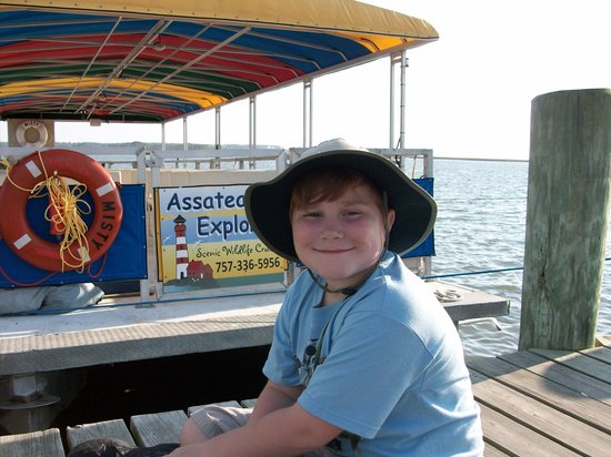 Assateague Explorer Wildlife Cruises: Excited to go see the horses.