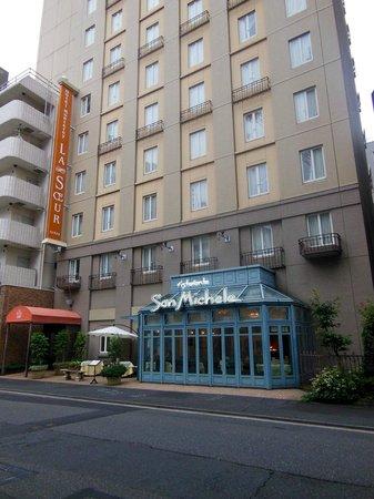 Hotel Monterey Lasoeur Ginza: ホテル外観